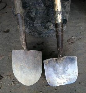 planting shovel vs construction shovel